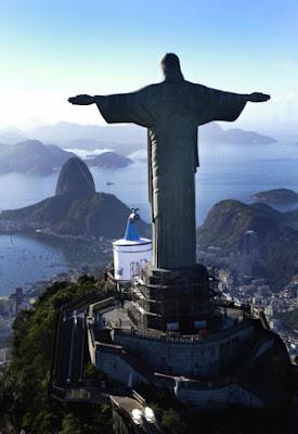 รูปปั้นพระเยซูที่บราซิล